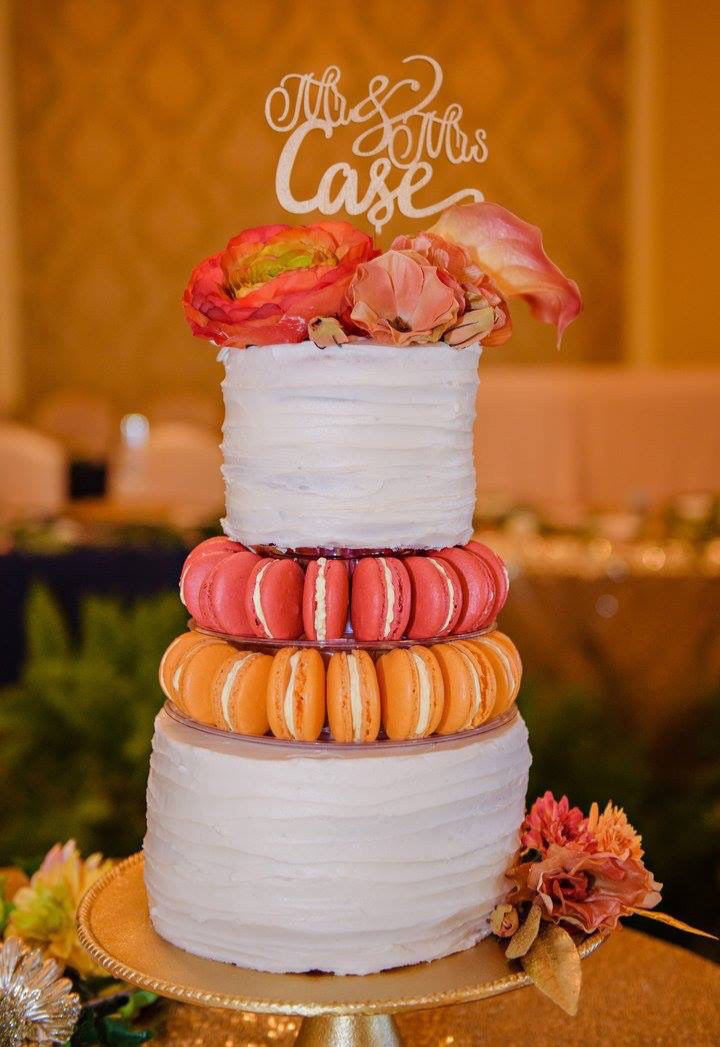 Two Tier White Wedding Cake With French Macarons Potts